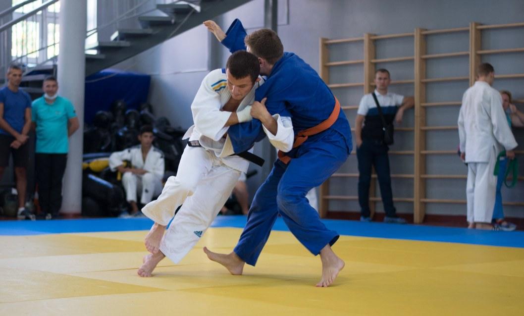 Днепряне завоевали 29 медалей на областном чемпионате по дзюдо (ФОТО)