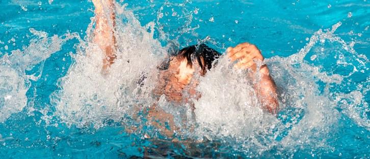 Купался без присмотра: в Днепропетровской области ребенок утонул во время отдыха в детском лагере