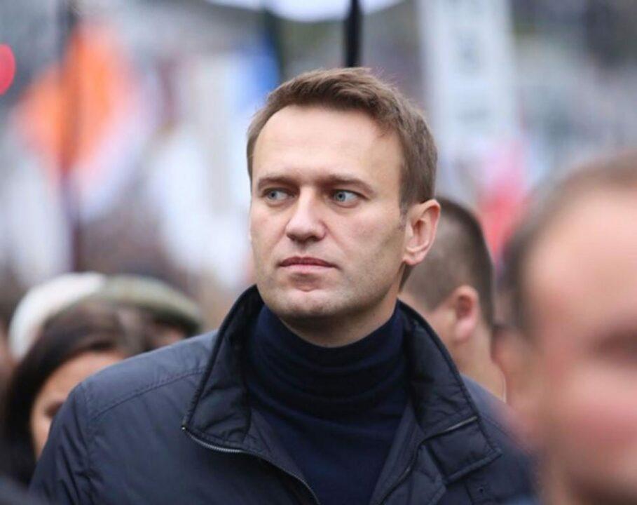 Русский оппозиционер Навальный попал в реанимацию и находится в коме