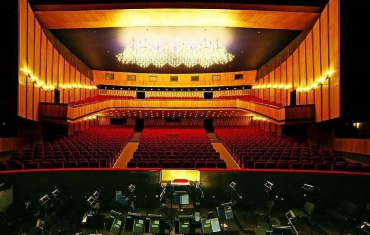 В днепровском оперном театре перенесли начало сезона из-за ситуации с COVID-19