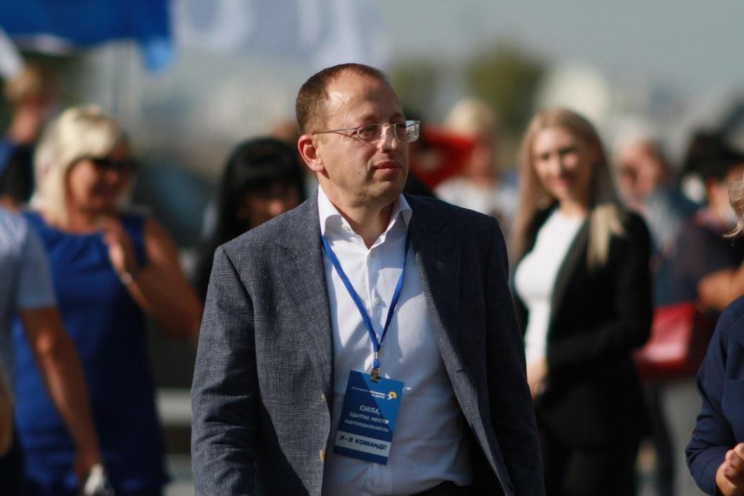 Геннадий Гуфман представил 2,5 тыс кандидатов от ОПЗЖ в местные советы Днепропетровщины