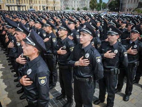 В школах Днепропетровской области будут дежурить полицейские
