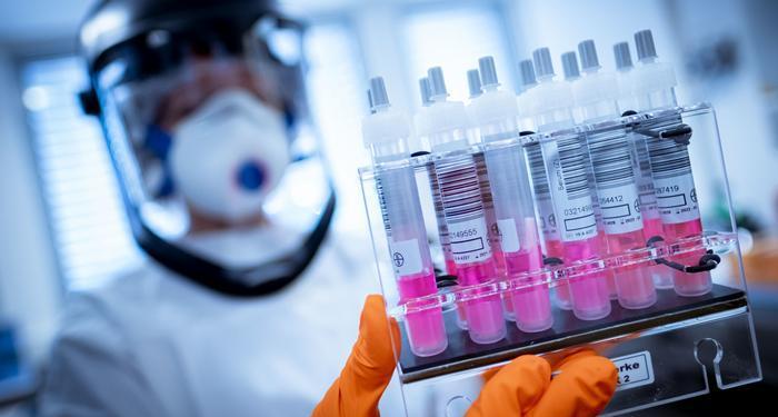 Вторая волна коронавируса в Днепре: где сдать тесты на COVID-19 и сколько это стоит