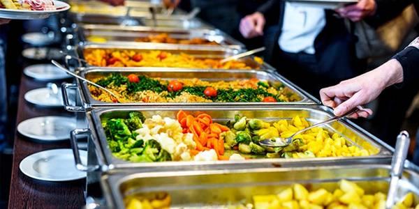 В Днепре родители учеников жалуются на школьное питание
