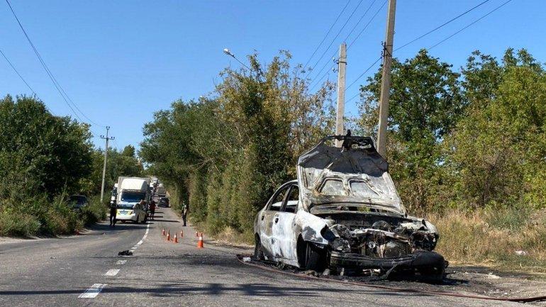 В Кривом Роге Lanos врезался в маршрутку: 5 пострадавших, легковушка сгорела