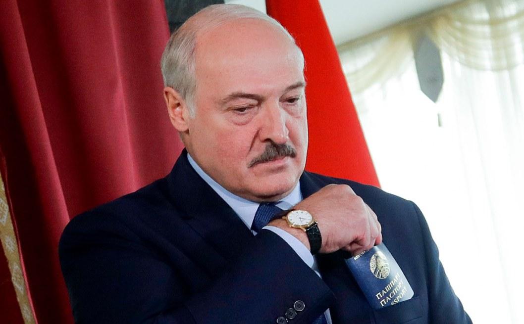 Лукашенко согласен на досрочные выборы только с одним условием