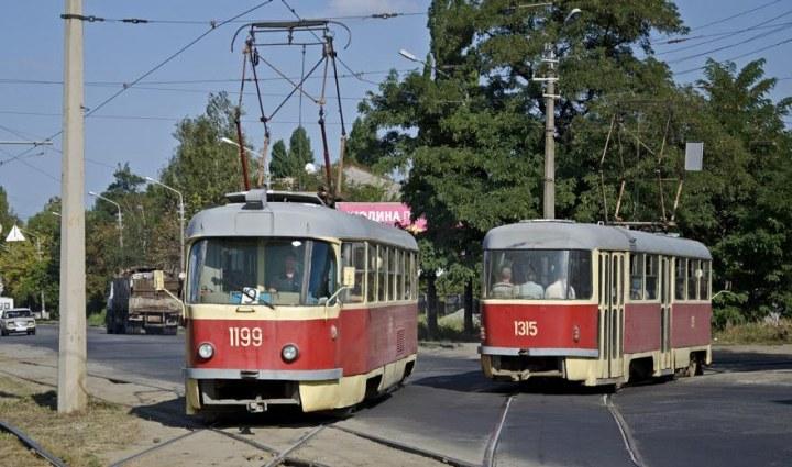 В Днепре на целый час остановятся трамваи