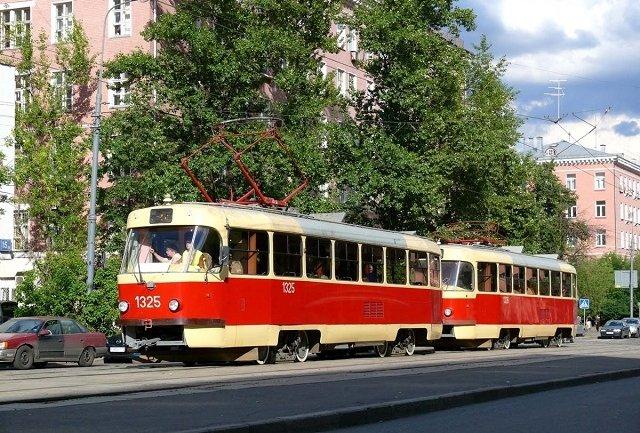 В понедельник несколько трамваев изменят маршрут