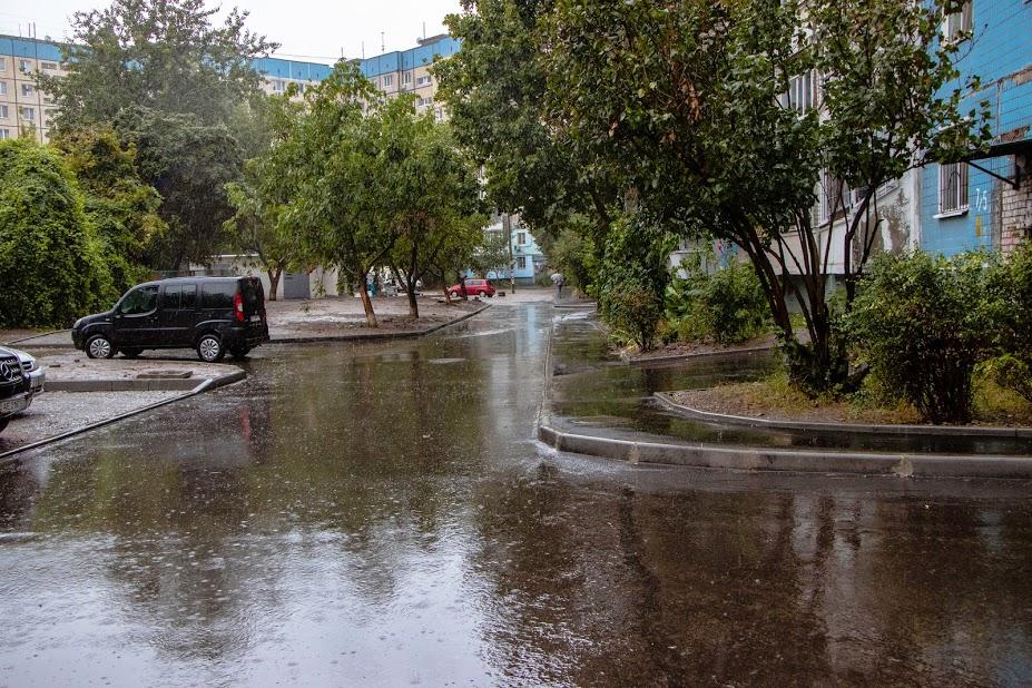 В Днепре строят ливневую канализацию в районах, где ее никогда не было