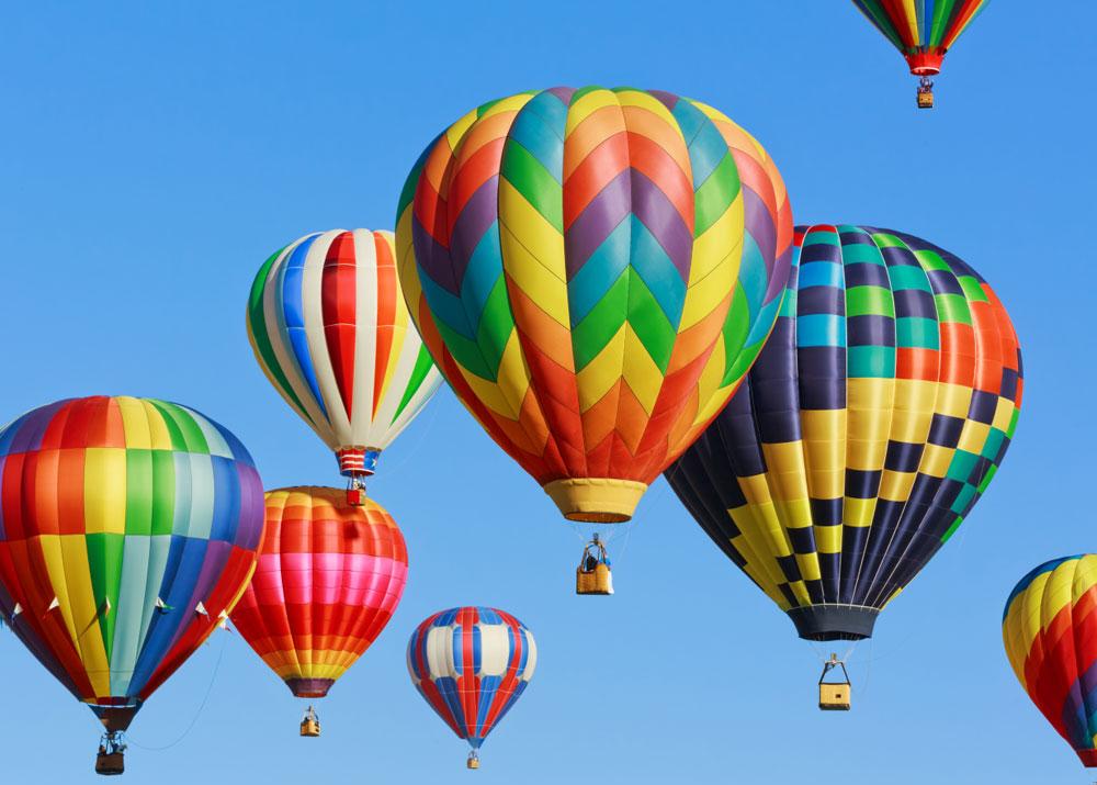 Полет на воздушном шаре и прыжок с парашютом: ТОП-5 необычных развлечений в Днепре