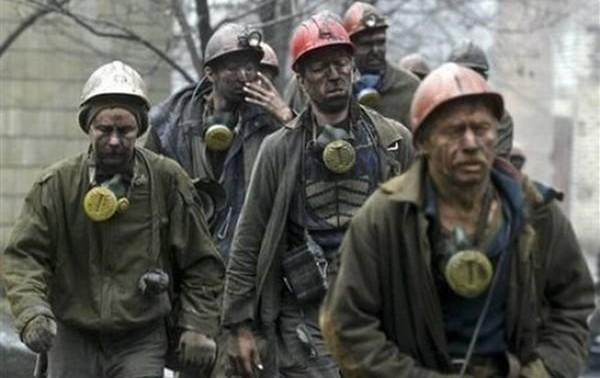Забастовка шахтеров и железнодорожников Кривого Рога: горняки одной из шахт поднялись на поверхность