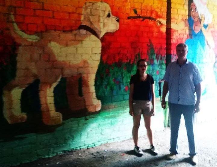 Юная художница из Днепра подарила родному району очередной шедевр