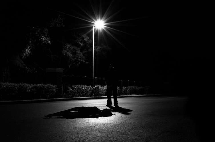 Во время празднования дня города: в центре Днепра убили мужчину