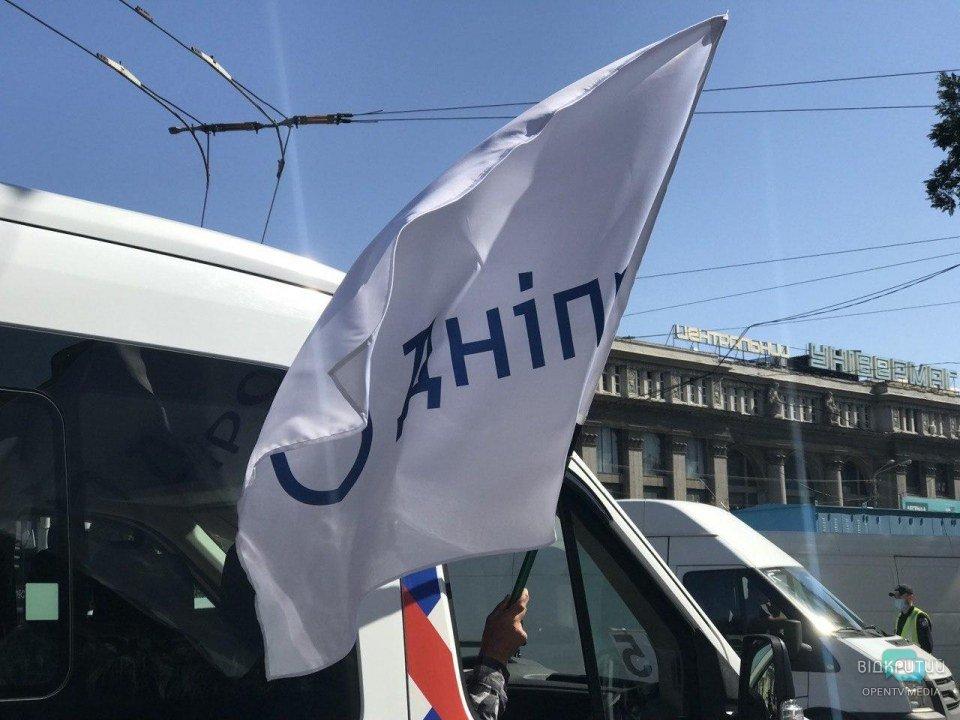 День города продолжается: в Днепре прошел парад коммунальной техники