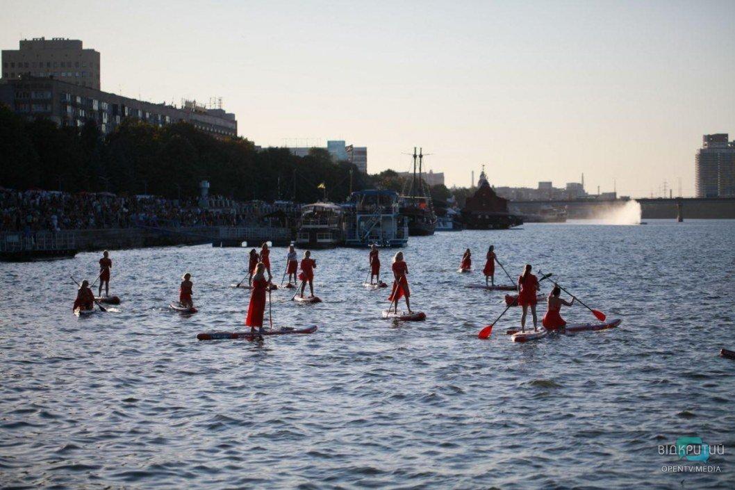 В Днепре прошла регата ко Дню Города: участвовало 150 лодок (ФОТО)