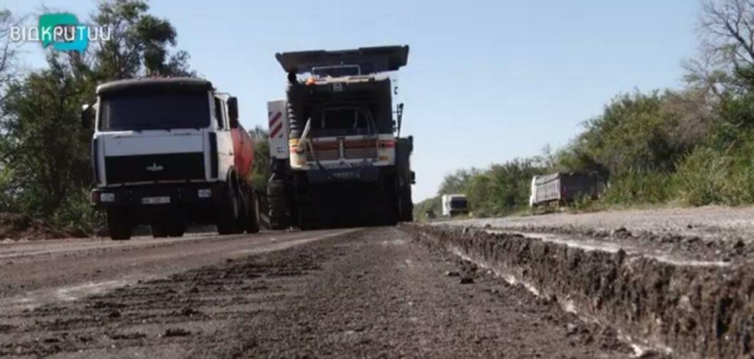 Началась капитальная реконструкция трассы Днепр-Николаев