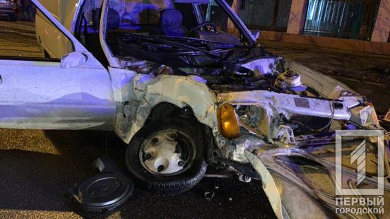 В Кривом Роге столкнулись ЗАЗ и Suzuki: есть пострадавшие (ФОТО)
