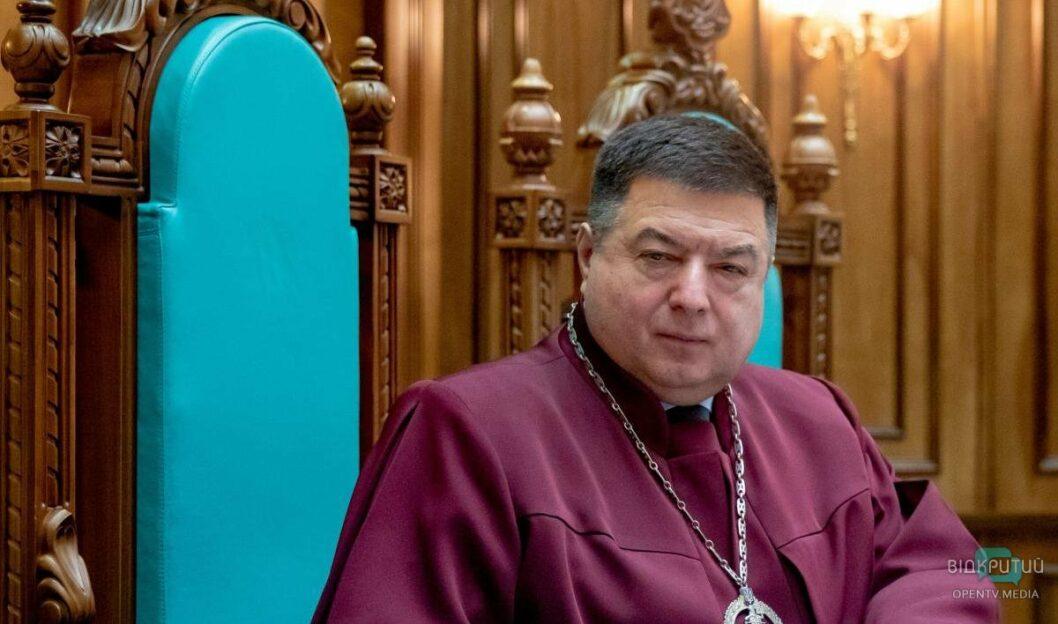 «Имеет признаки конституционного переворота»: глава КЦУ прокомментировал законопроект Зеленского о роспуске судей