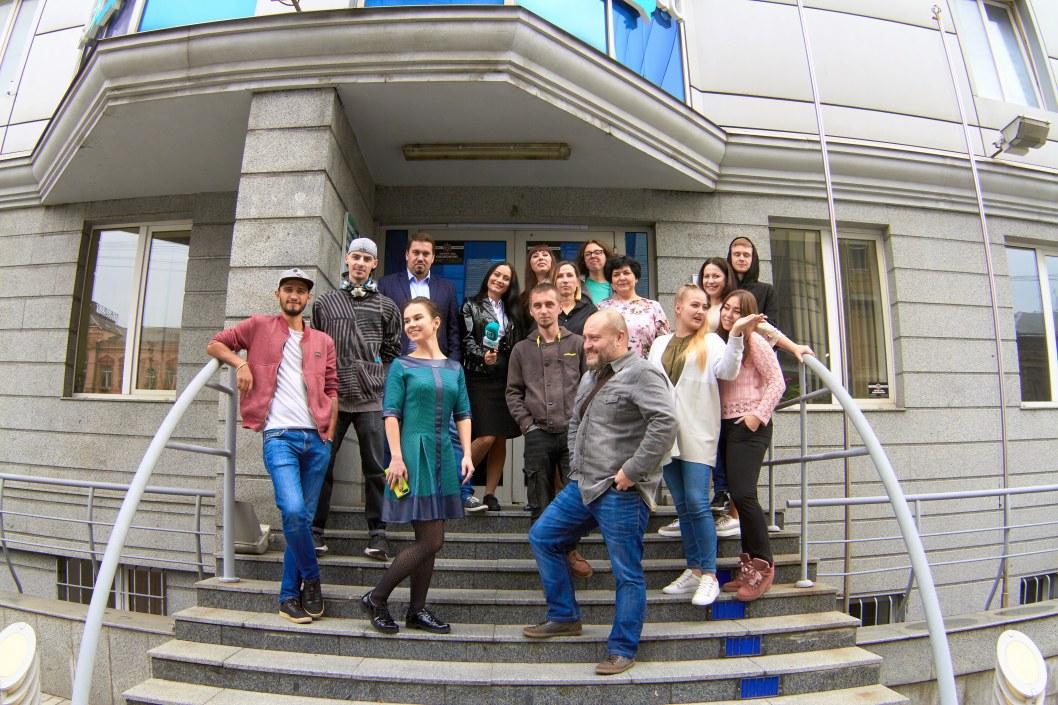 Нам 2 года: один день из жизни медиахолдинга Відкритий (ФОТО)