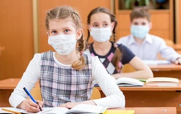 Украинским школам стоит готовиться к худшему, - МОН