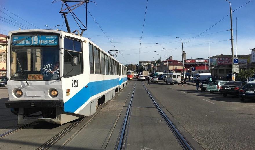 Завтра несколько днепровских трамваев изменят маршрут