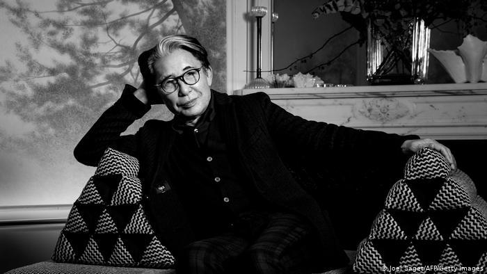 Создатель бренда Kenzo умер от осложнений коронавируса