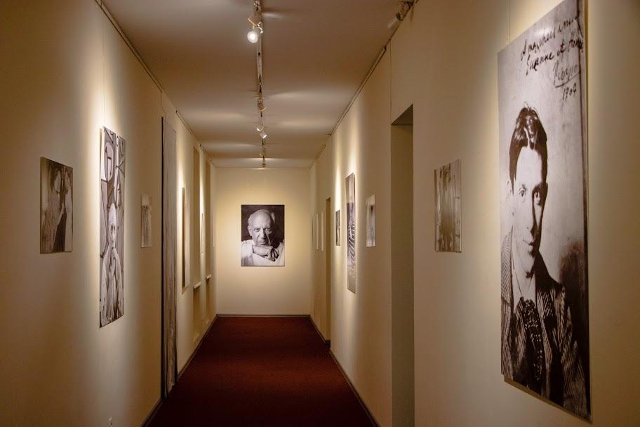 В Днепре открылась диджитал-выставка «Пикассо: периоды гениальности»