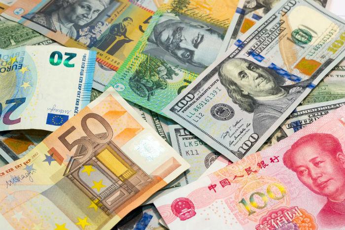 Актуальный курс валют на 8 октября