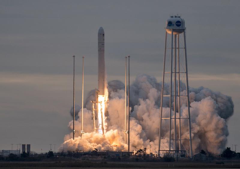 Со второй попытки: NASA запустило к МКС украинско-американскую ракету Antares, которую изготовили в Днепре