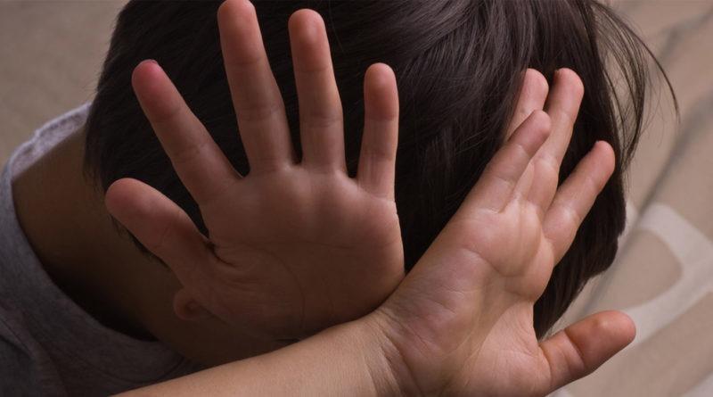 Под Днепром судят педофила за изнасилование 13-летнего подростка