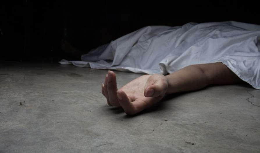 В Днепре на Тополе мужчина внезапно умер на выходе из супермаркета