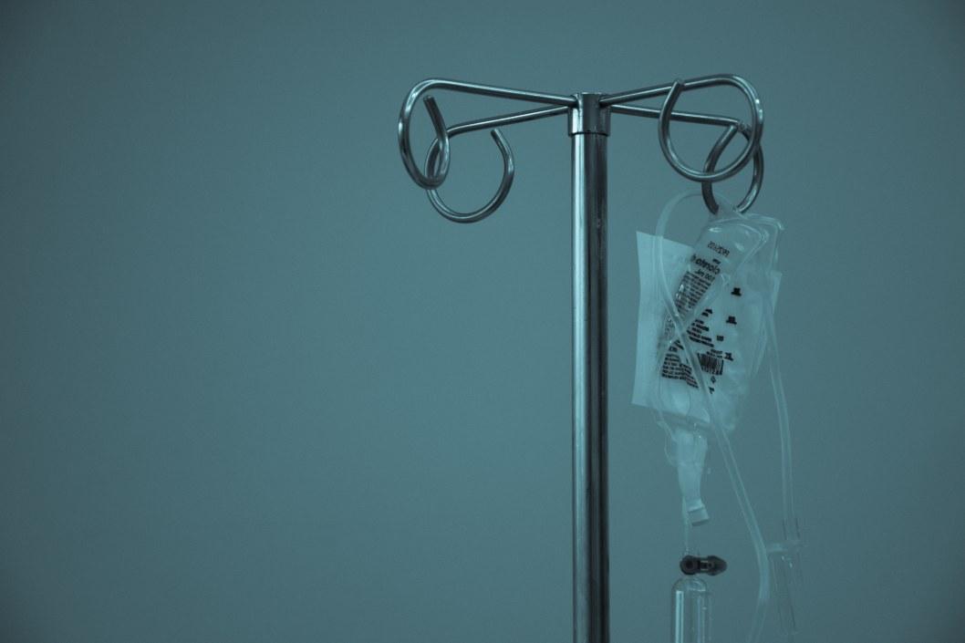 Смерть от повторного заражения COVID-19: в мире зафиксировали первый случай