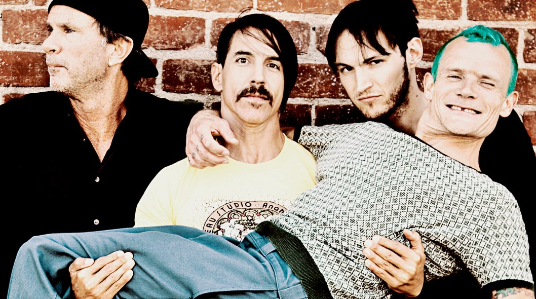 red hot chili peppers pic4 zoom 1500x1500 19943