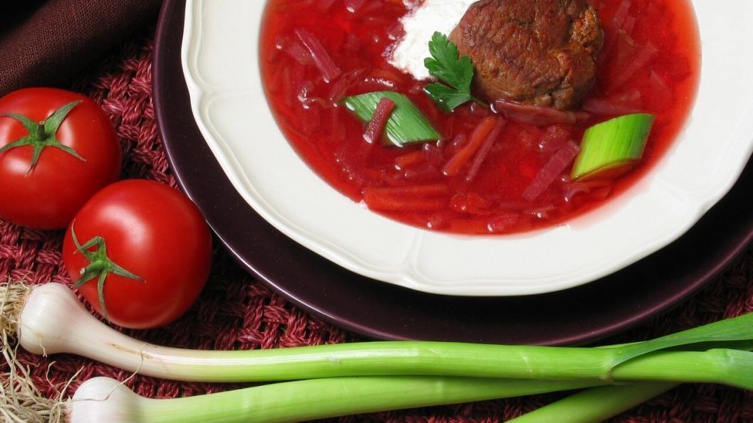 Борщ официально признали украинским блюдом