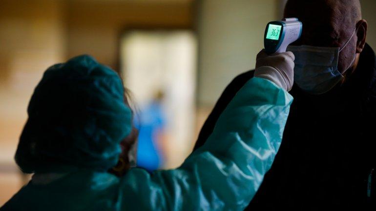 Второй тур выборов в Днепре: как голосовать тем, кто на самоизоляции (ФОТО)