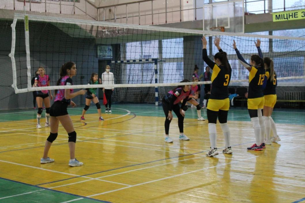 Днепровские волейболистки победили в первом туре Чемпионата Украины
