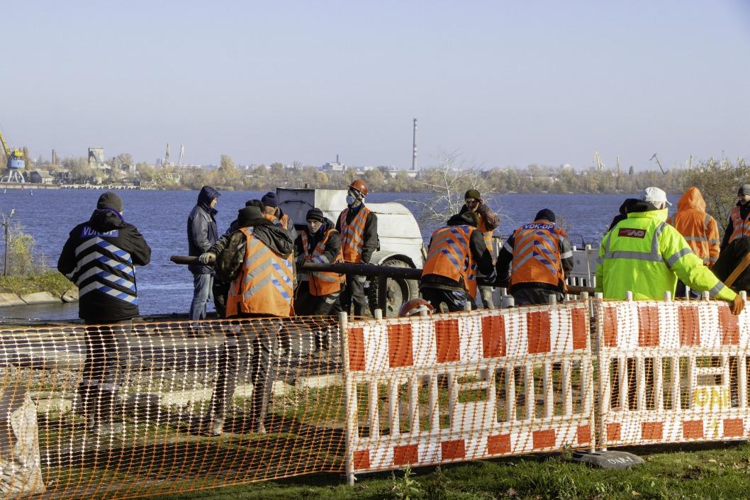 Прорыв трубы и отключение воды в Днепре: какая ситуация сейчас (ФОТО)