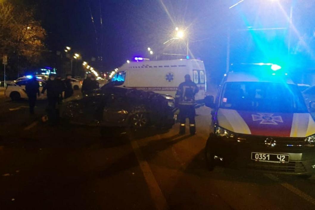 В Днепре столкнулись 5 автомобилей: есть жертвы