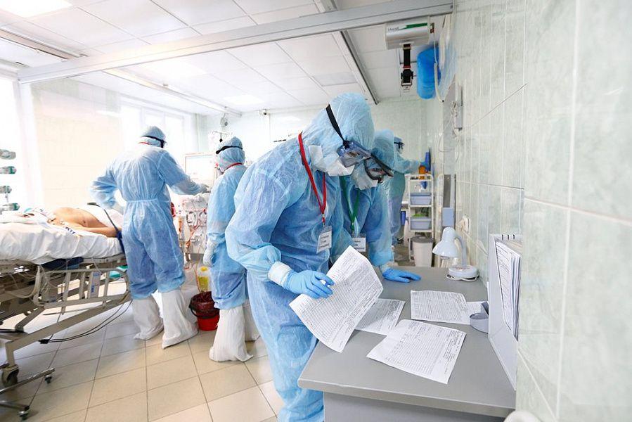 В Украине в четырёх областях больничные койки заполнены более чем на 70%