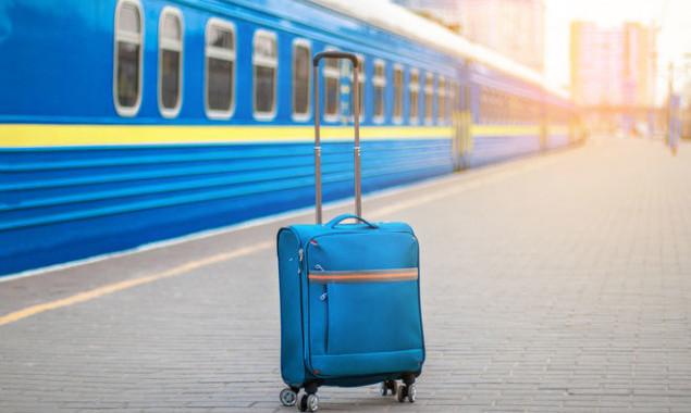 «Укрзализныця» возобновляет продажу билетов с 11 станций