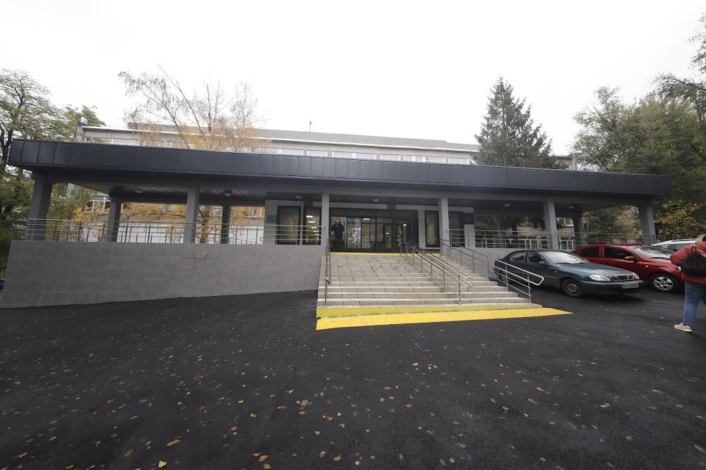 В Днепре отремонтировали еще одну больницу (ФОТО)