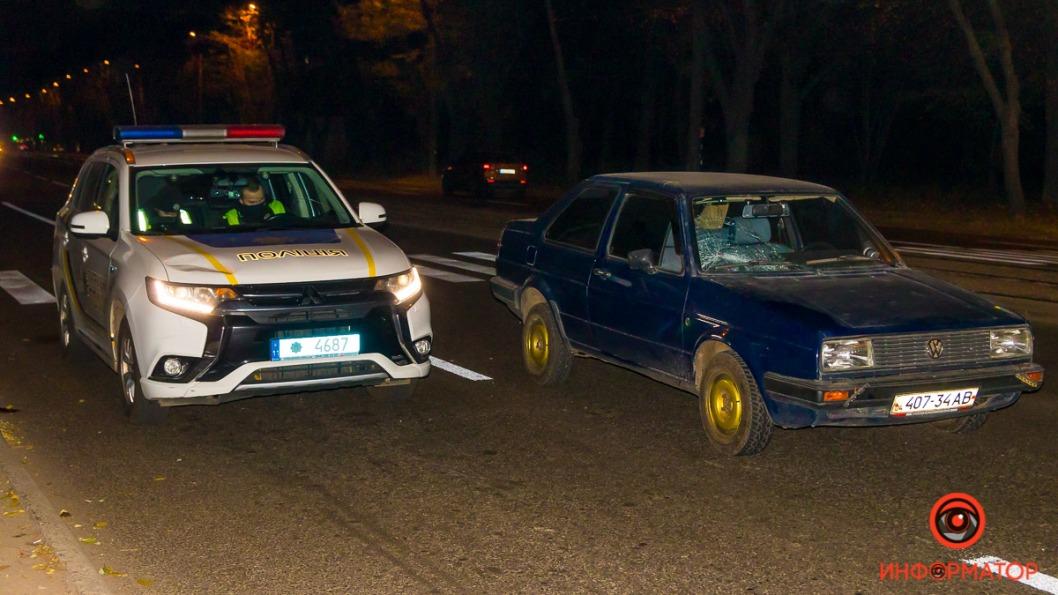 Na prospekte Bogdana Hmelnitskogo Volkswagen sbil muzhchinu 01
