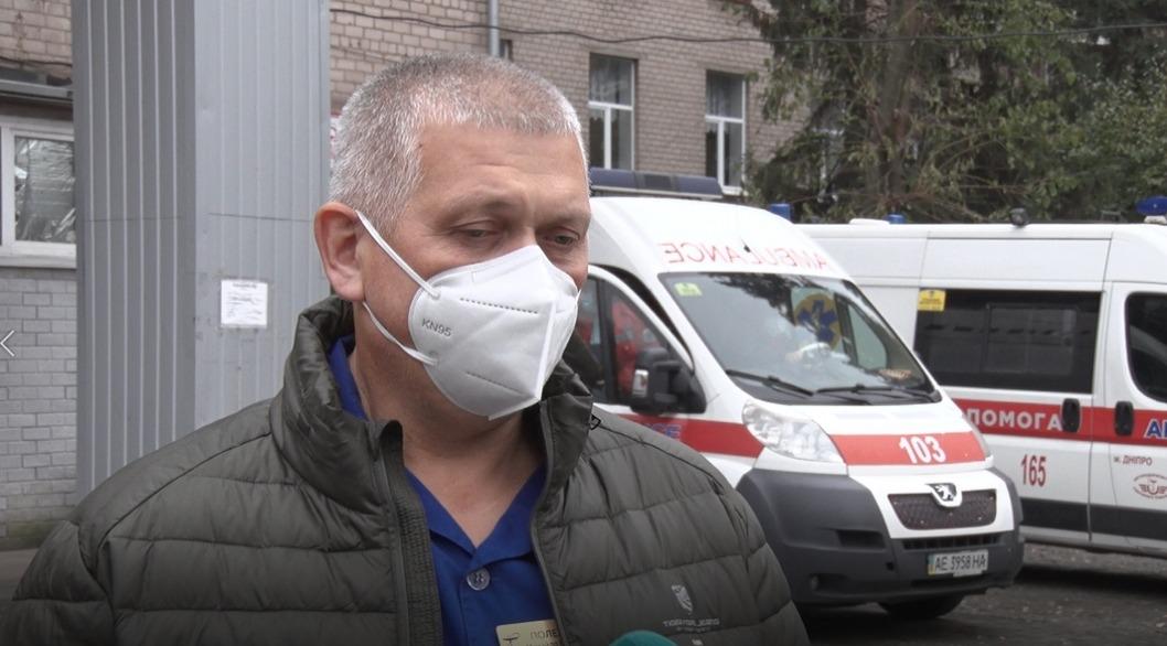 Ночное ДТП в Днепре на Победе: водителей госпитализировали, один - в реанимации
