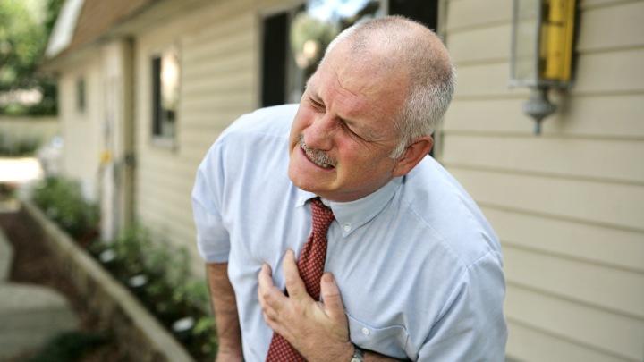 Зарядка на свежем воздухе снижает риск заболеваний сердца, - кардиолог