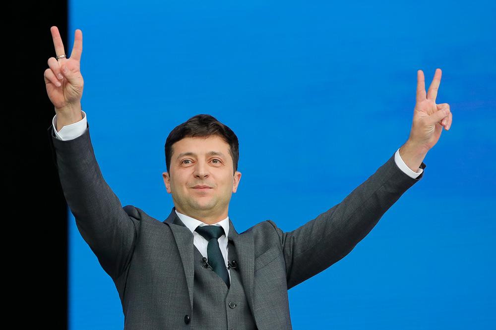 С победителями встретится президент: Зеленский запустил флешмоб для молодежи Ukraine NOW