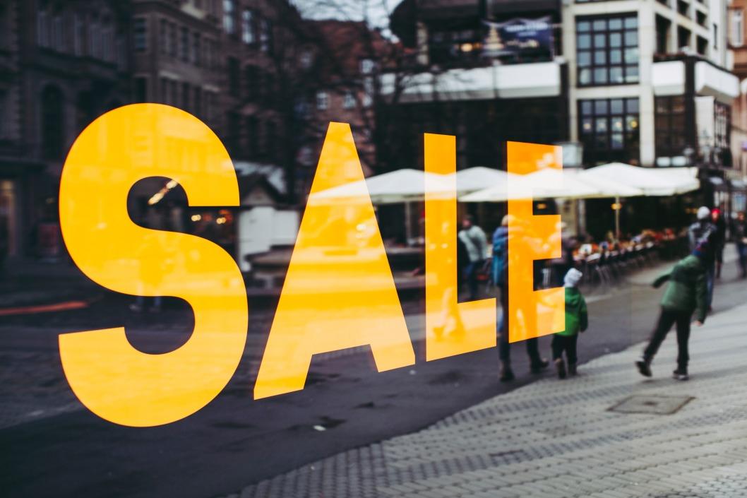 Скидки на «Черную пятницу»: какие магазины в Днепре устроили распродажи