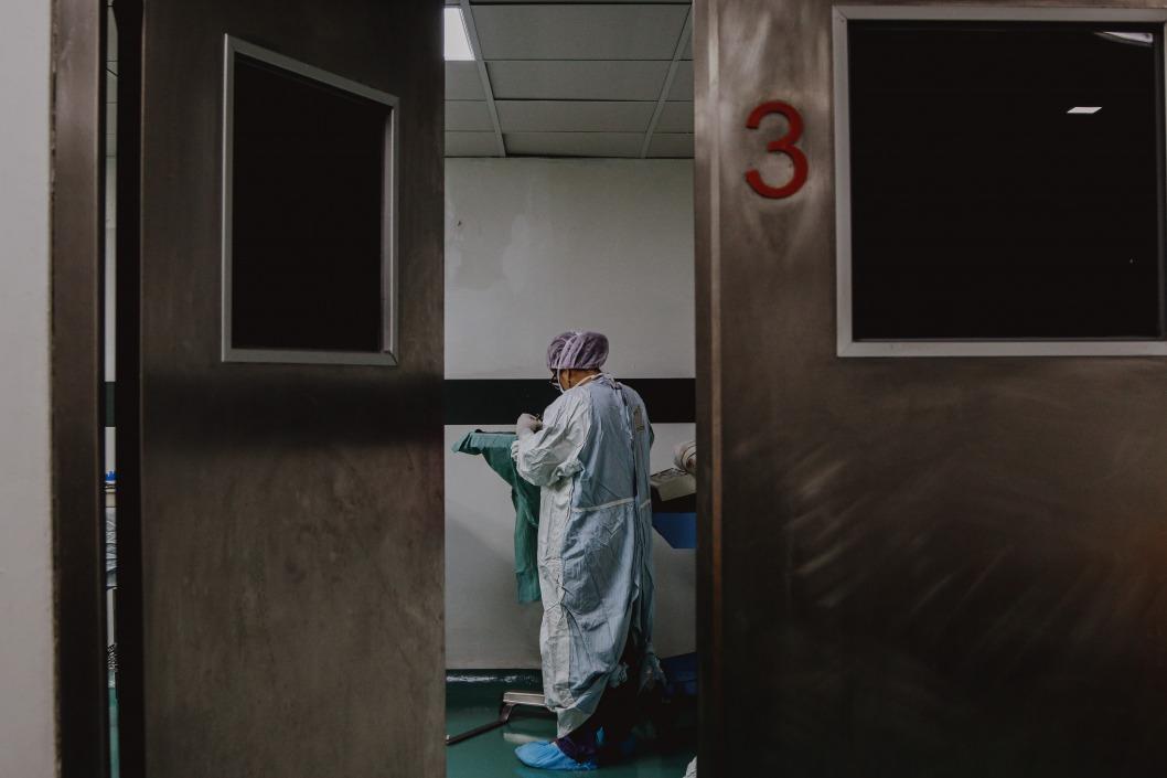 В реанимации выживает каждый шестой: Рыженко рассказал о ситуации с коронавирусными больными
