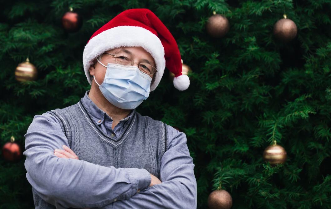 Официально: Зеленский подписал закон о штрафах за отсутствие маски в общественных местах