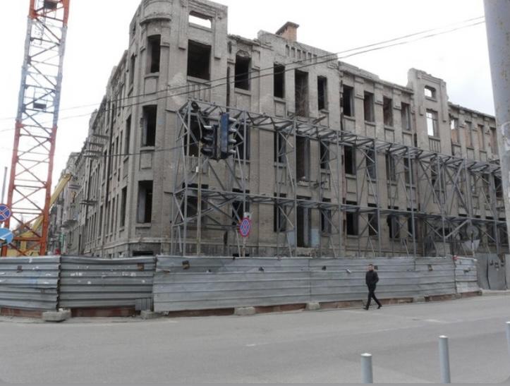 В Днепре на 3 месяца планируют перекрыть улицу Троицкую