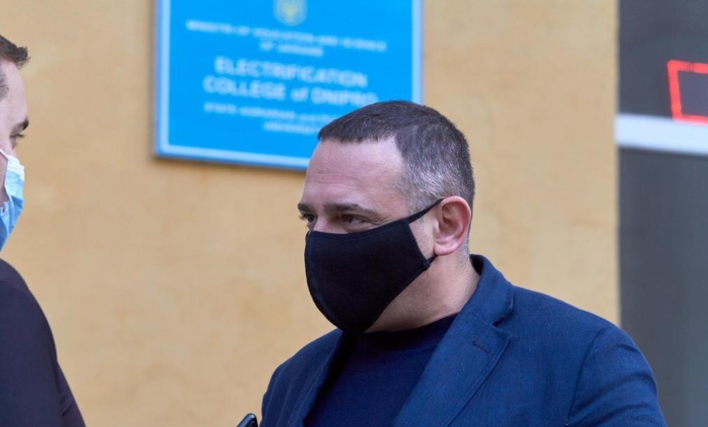 Законопроект нардепа от Днепра Бужанского: депутатам предложили отменить штрафы за язык